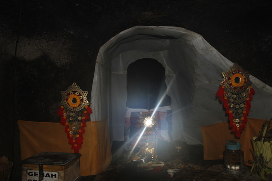 Elephant caves - temple
